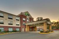 Holiday Inn Express Hotel & Suites Laurel Image