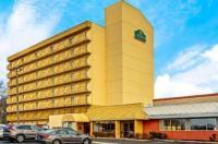 La Quinta Inn & Suites Stamford Image