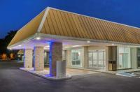 Motel 6 Pawleys Island Image