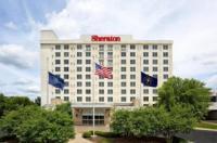 Sheraton Louisville Riverside Hotel Image
