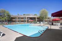 Ramada Batesville Arkansas Image