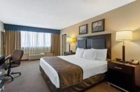 La Quinta Inn & Suites Manchester Image