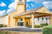 Comfort Suites Waldorf Image