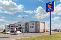 Comfort Suites South Haven Image