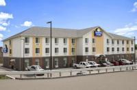 Days Inn & Suites Belmont Image