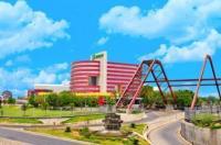Holiday Inn Monterrey-Parque Fundidora Image