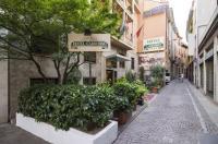 Hotel Carrobbio Image