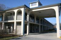 Grand Vista Hotel Image