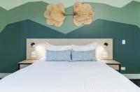 Atherton Hotel Image