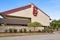 Red Roof Inn Fairmont Image