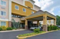 Quality Suites Tinton Falls Image