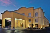 La Quinta Inn & Suites Florence Image