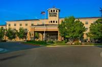 Oxford Suites Boise Image