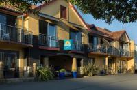 Harbourside Lodge Image