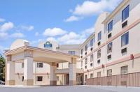 Days Inn And Suites Laurel/Fort Meade Md Image