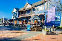 The Blue Pub Image