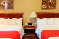 Hotel Newton Image