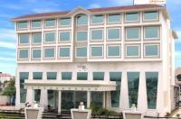 Hotel Saffron Kiran Image