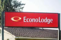Econo Lodge Newton Falls Image