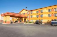 Comfort Inn & Suites Pryor Image