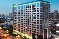 Holiday Inn Shanghai Pudong Nanpu Image