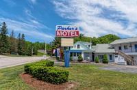 Parker's Motel Image