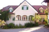 Hirschenhof Image
