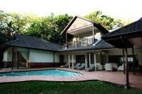 Marais Manor Luxury Villa Image