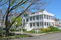 White Lilac Inn Image