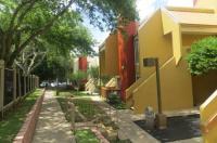 Orangewood Suites University Image
