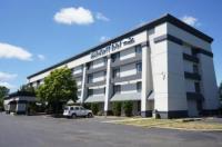Baymont Inn & Suites Flint Image