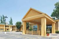 La Quinta Inn Oshkosh Image