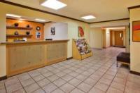 La Quinta Inn & Suites Savannah Southside Image