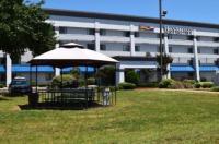Baymont Inn & Suites Texarkana Image