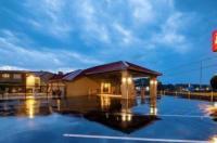 Best Western Dothan Inn & Suites Image