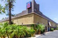 Motel 6 Glendale AZ Image