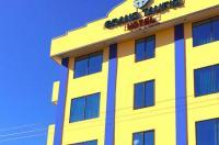 Grand Taufiq Hotel Image
