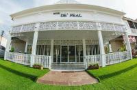 Hotel De Peal Sukhothai Image