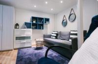 Golden Hand Luxury Apartment Image