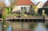 Holiday home Bungalowpark De Vlietlanden 1 Image