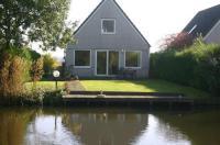 Holiday home Bungalowpark De Vlietlanden 2 Image