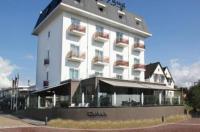 Hotel Hogerhuys Image