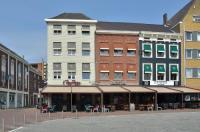 Hotel Roermond Next Door Image