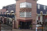 SuyderSee Hotel Image