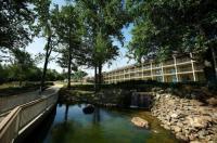 Fourwinds Resort And Marina Image