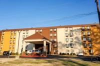 Comfort Inn Oxon Hill Image
