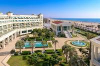 Las Arenas Balneario Resort Image