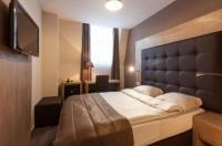 Hotel Villa Royale Image