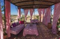 Riad Sanaa Rose Image