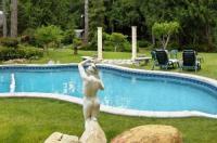 Arcadia Romantic Getaway and Clothing-Optional Resort Image